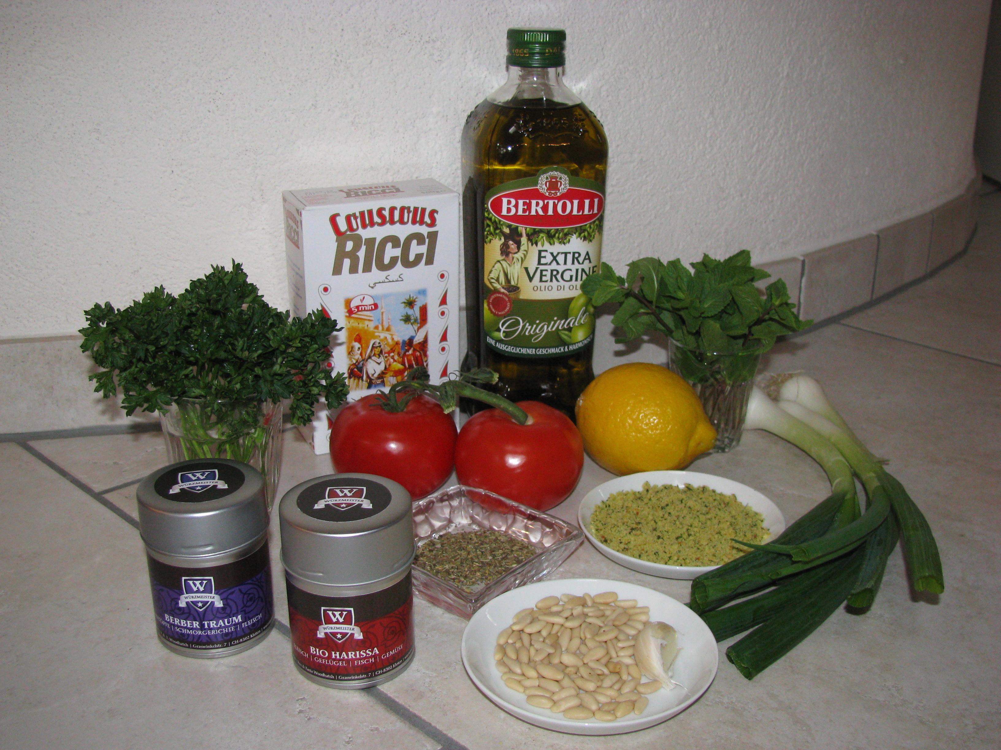Bild mit Zutaten für das Rezept für den Couscous Salat
